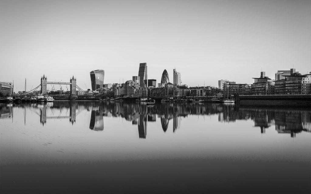 London City Black Infinity